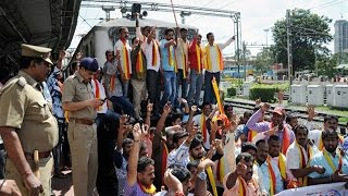 Cauvery row: Railway bandh on 15th September avoid travel in- out Karnataka |Oneindia News