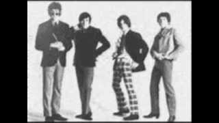 Watch Kinks Dont You Fret video