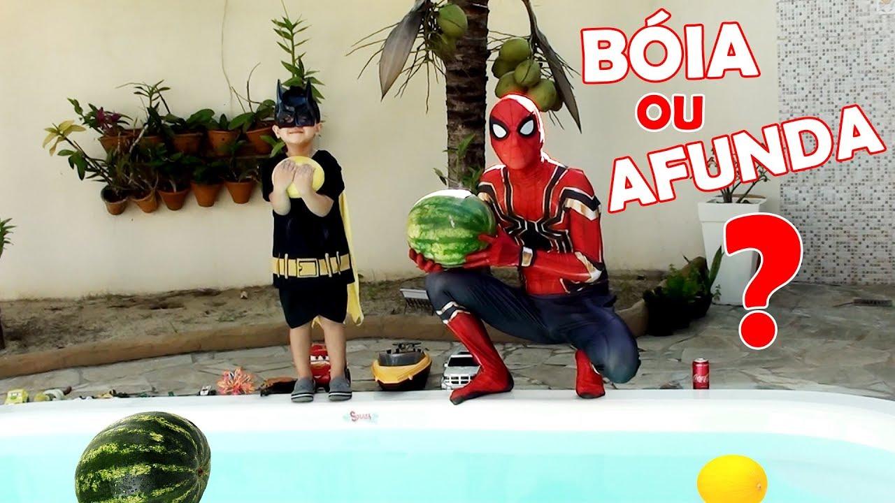 Papai Homem Aranha e Pequeno Batman Descobrem, Bóia ou Afunda?