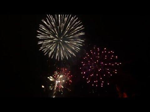 ROUNDHAY PARK LEEDS FIREWORKS 2017