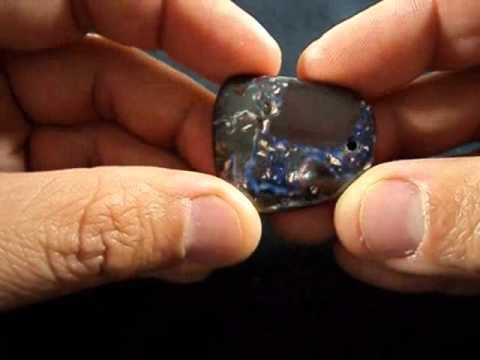 Koroit Boulder Opal Matching  Pendants 10031.wmv
