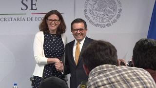 EU and Mexico vow to build bridges, not walls