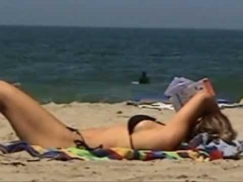 Carl's Jr. Sexy New Commercial Features Hot Beach Volleyball BabesKaynak: YouTube · Süre: 2 dakika48 saniye