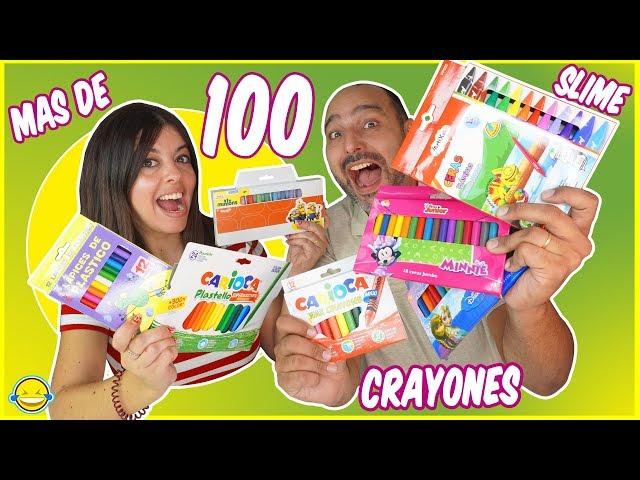 MEZCLANDO 100 CRAYONES EN UN SLIME!! Mixing 100 Crayons into a giant clear slime! Bego y Jordi