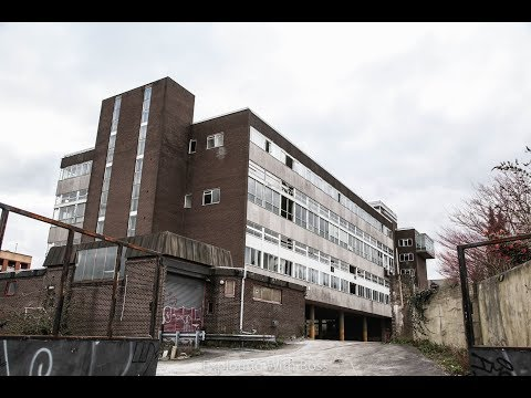 Exploring The Abandoned Royal Mail Sorting Office Building (Drug Paraphernalia Found)