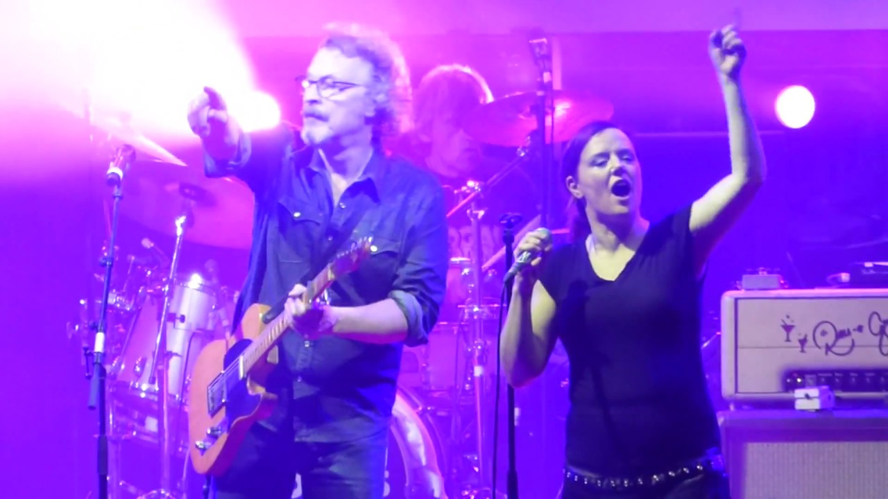 Download Rodgau Monotones & Wolfgang Niedecken - Hungry Heart (Live) @ Stadthalle Offenbach 10.03.18