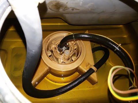 Как снять и заменить бензонасос, фильтр Ауди 100 А6 С4