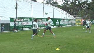 Michel Bastos dá chapéu e tira onda em roda de bobinho no Palmeiras