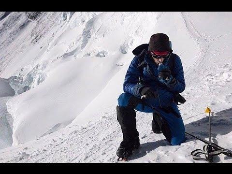 无氧气瓶无固定绳  26小时极速登顶珠峰(登山家_珠穆朗玛峰)