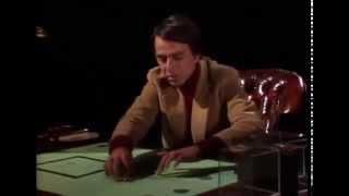 Carl Sagan   Terraplana y la cuarta dimensión