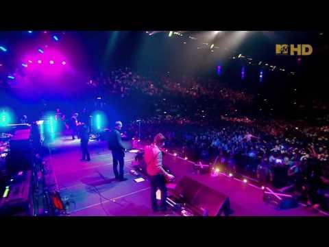 Oasis - Champagne Supernova (Live Wembley 2008) (High Quality video) (HD)