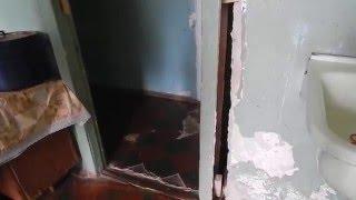 На кухне в общежитии: пр.Октябрьский, 289 (видео