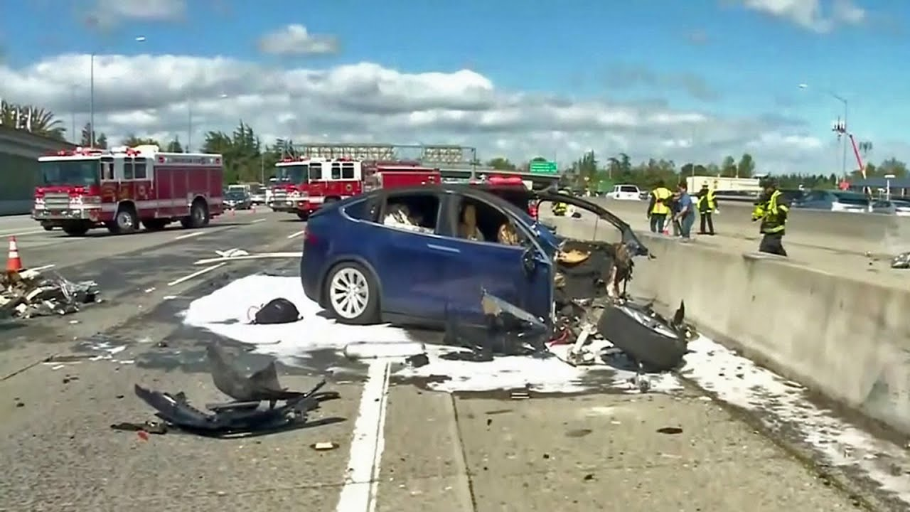 Tesla: Car in Fatal Hwy 101 Crash Was on Autopilot - YouTube