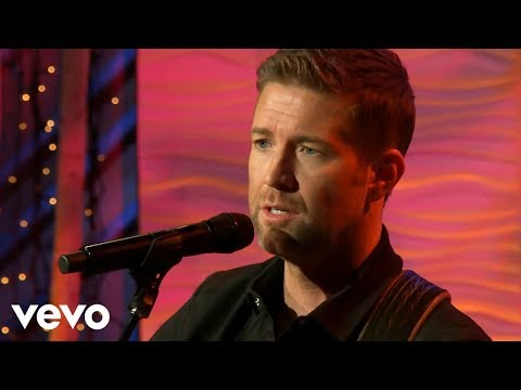 Josh Turner - Amazing Grace (Live from Gaither Studios)