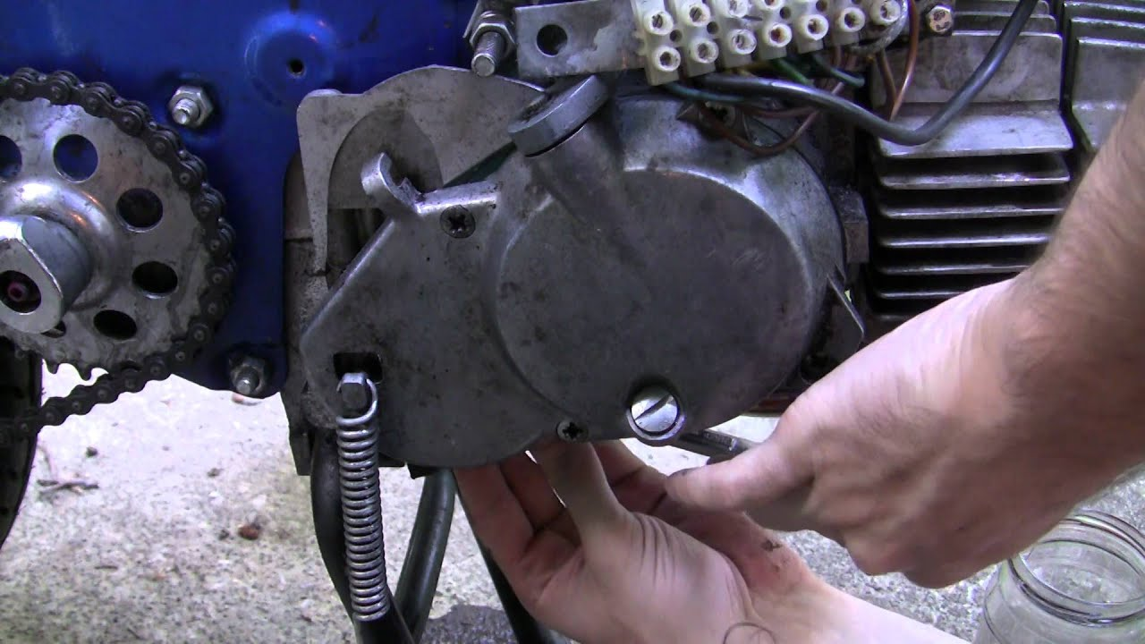 small resolution of easy moped maintenance how to change the transmission fluid on an e50 puch maxi