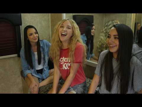 THE MERRELL TWINS HANG OUT WITH THE AMAZING AUDREY WHITBY