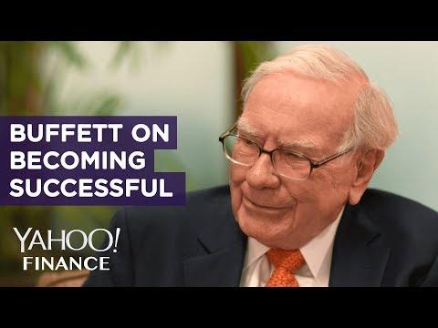 warren-buffett-shares-advice-on-becoming-successful