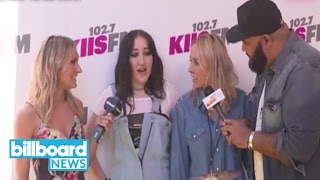Noah Cyrus Talks Wango Tango Pre-Show Prep With Miley, Tish Cyrus Crashes Interview | Billboard News