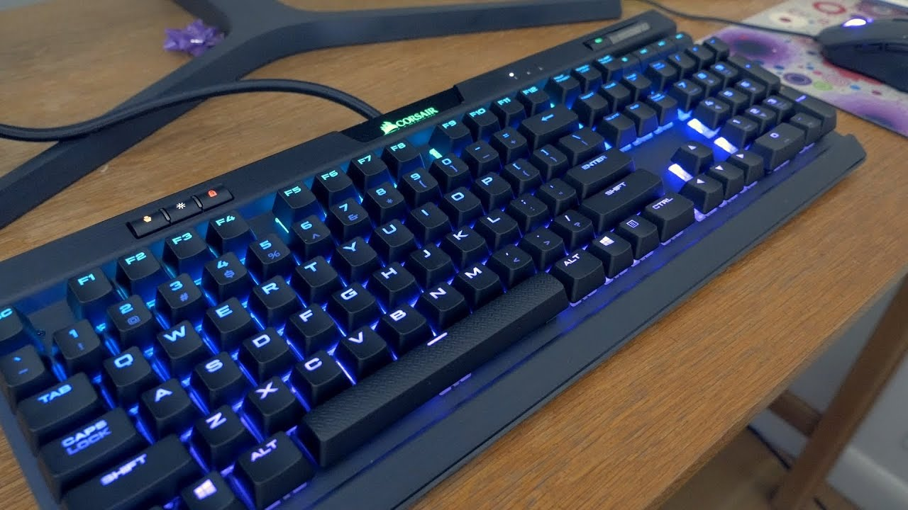 CORSAIR STRAFE Mechanical Gaming Keyboard Cherry MX Blue Switch Tactile and Clicky USB Passthrough Red LED Backlit
