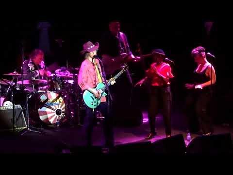 The Waterboys - 'Long Strange Golden Road' - G Live Guildford - 02-05-2018.
