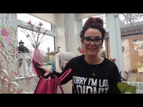 Review of new 2016 mulberry small Bayswater bag in candy pink & what you can fit in it useful guide