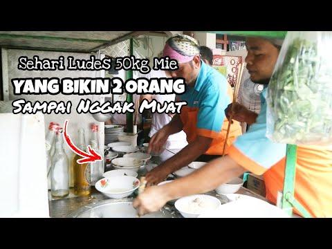 bakmi-ayam-halal-paling-ramai-&-laris-di-jakarta-selatan-!!-sehari-ludes-50kg-mie