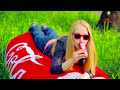 How To Make A Giant Cola Can Bean Bag Chair – DIY Super Giant Coca-Cola Bean Bag Couch thumb