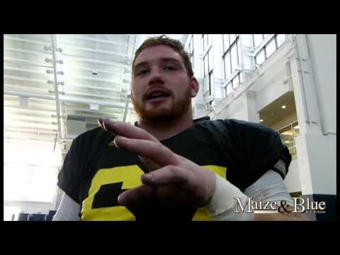Kyle Kalis talks night game, line progress, more