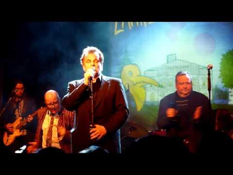 Lapinlahden Linnut: Kuppilan Tango (Tavastia Live 9.12.2009)