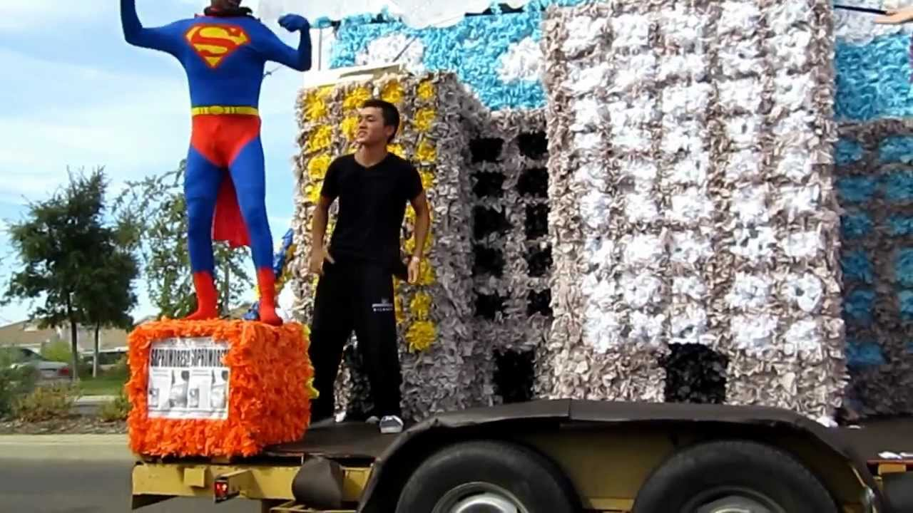 Pics photos homecoming parade float ideas - Franklin High Class Of 2015 Homecoming Float Superman 2012