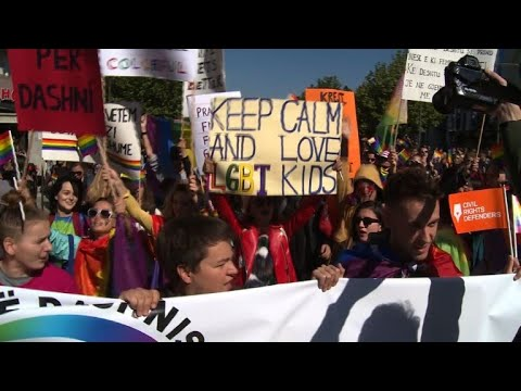 """Kosovo: First """"gay Pride"""" in the streets of Pristina"""