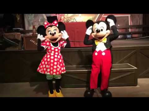 Mickey and Minnie Dancing to the Macarena