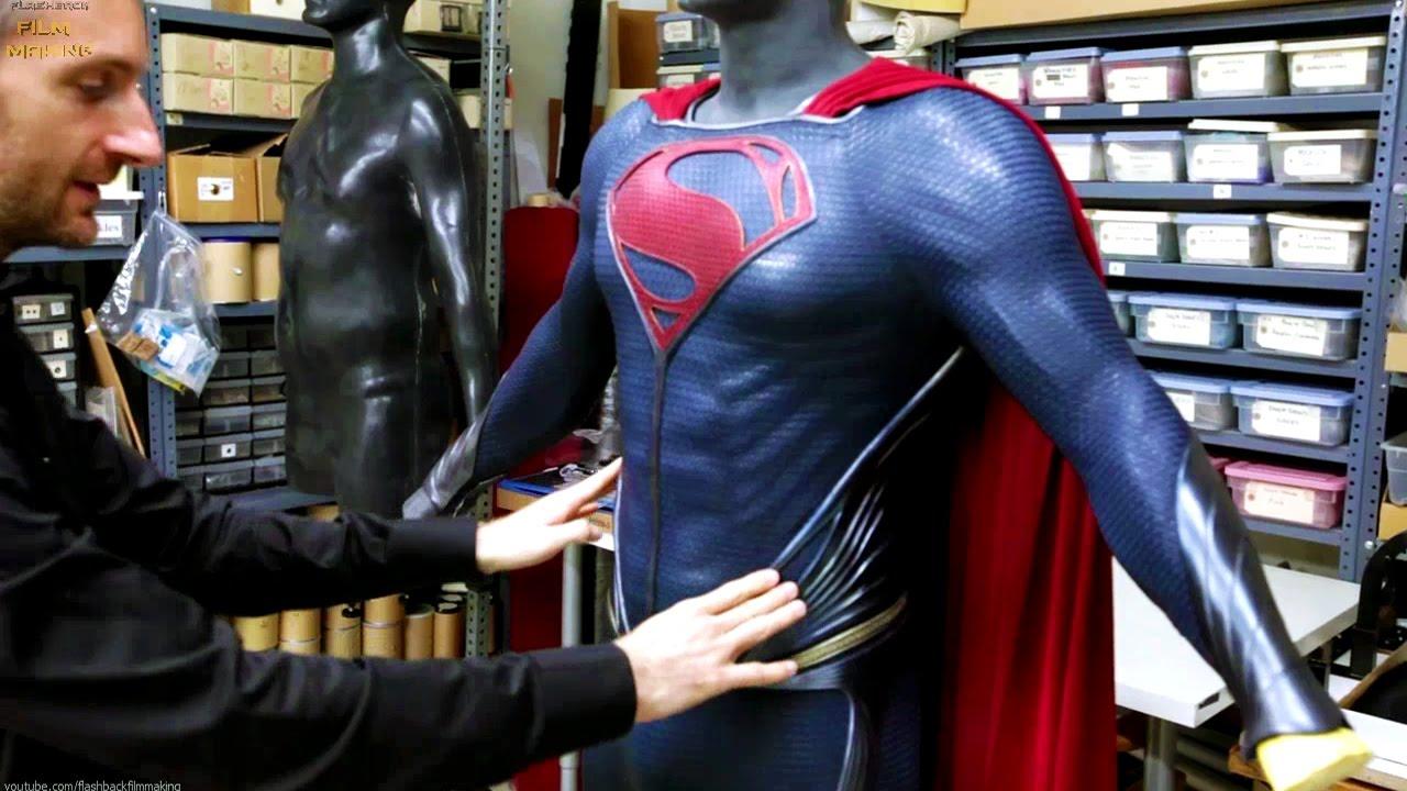 Superman Suit 'Man of Steel' Featurette +Subtitles - YouTube