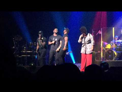 You Don't Know Nothing About Love (LIVE in STL) - Jill Scott & The Pipes (background singers)