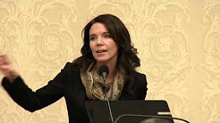 Suzie Graham speaks at the Akron Press Club