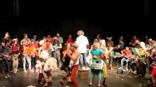 Radio Crochet: De Propere Fanfare repeteert De fanfare van honger en dorst