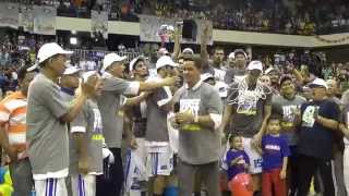 San Mig Coffee Mixers halt Talk