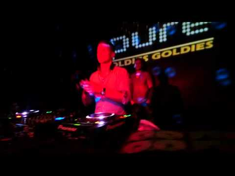 DJ DEVIOUS @ PURE OLDIES GOLDIES 17.10.15