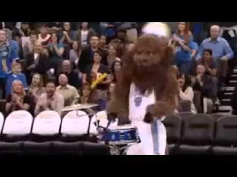 """Kevin Durant Movie """"Thunderstruck"""" - The Half-Time Shot"""