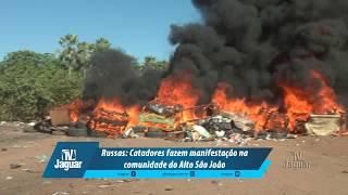 Catadores fazem manifestação na comunidade do Alto São João