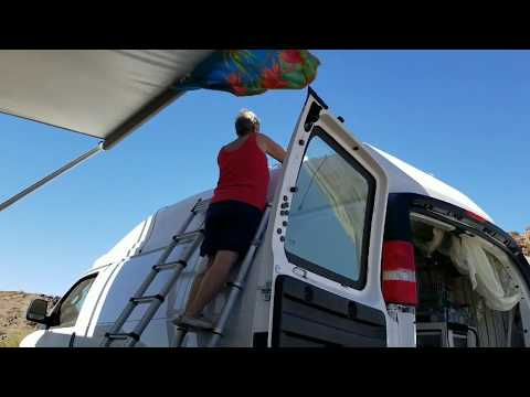 Terry installing solar for Doneta and practice for the Lake Havasu Air Show