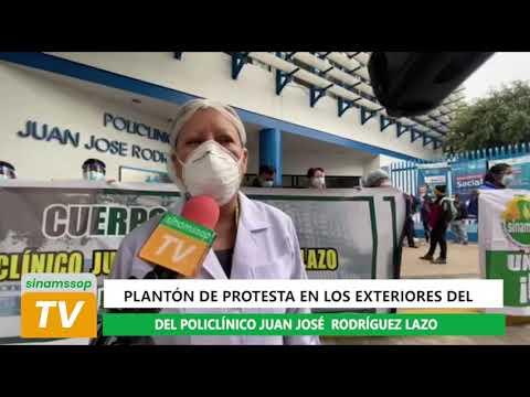 Plantón de protesta en los exteriores del Policlínico Juan José Rodríguez Lazo
