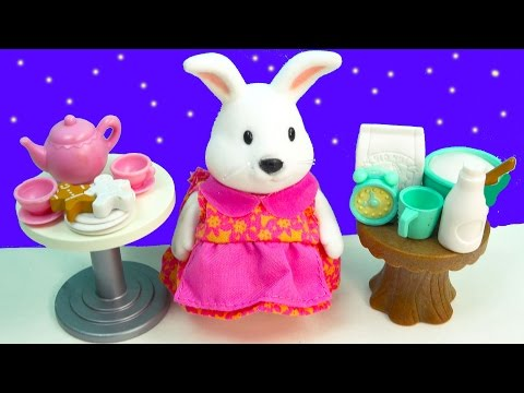 Li'l Woodzeez Star Hoppingood Playset Fuzzy Rabbit Animal Tea Party Cooking Baking Set