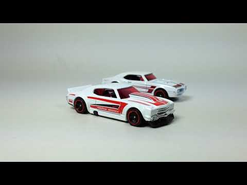 Diecast Weekly Episode 65 - Hot Wheels 2017 P Case Super, Target Red Editions, Green Machine..