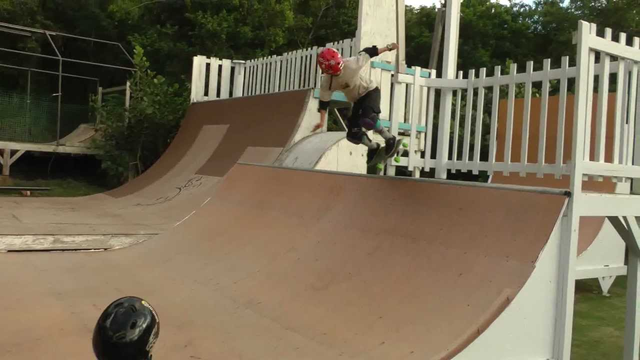 Delicieux My Hawaii Backyard Skate Ramp   Makana Franzmann   YouTube