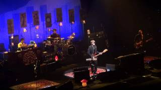 Crowded House - Nails In My Feet - Hammersmith Apollo 9th June 2010
