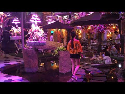 Oasis Cà Phê - Quán Cafe độc đáo Giữa Lòng Sài Gòn - Cuộc Sống Miền Tây