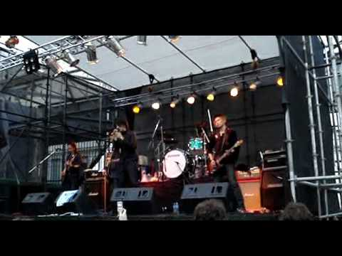 MONORAL - Kiri (live Argentina)