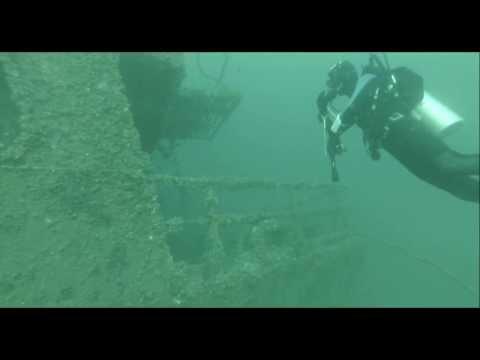 wreck diving at Medhufharu, near Colombo, Sri Lanka