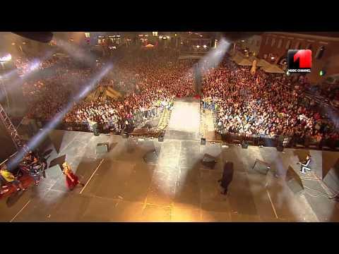 R.A.C.L.A. & Anda Adam @ Romanian Music Awards 2014